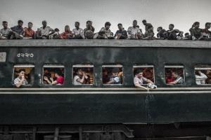 CPC Merit Award - Huifang Wu (China) <br /> Crowded Train6