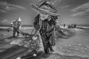 CPC Gold Medal - Huizhen Liang (China)  Fisherman