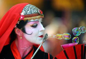 CPC Silver Medal - Godfrey Wong (USA)  Blowing Bubbles