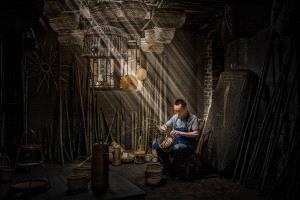 PhotoVivo Honor Mention - Xuan Wen (China) <br /> Craftsman