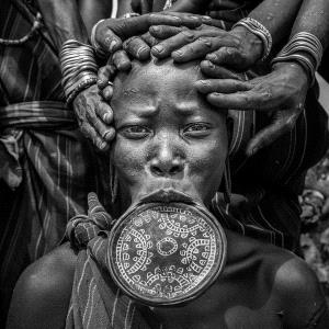 APAS Gold Medal - Liangjin Liu (China) <br /> Tribal Woman1