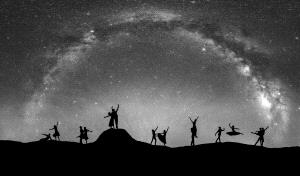 PhotoVivo Honor Mention - Junlin Tang (China) <br /> Dance Under The Milky Way1