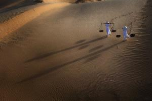 APAS Honor Mention - Kaan Yuan Chiam (Malaysia) <br /> Shadows In The Dunes