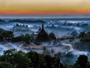 CPC Merit Award - Sai Lian Ong (Singapore) <br /> Sunrise Pagodas