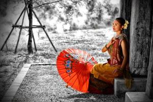 PhotoVivo Gold Medal - Roger Khoo (Singapore) <br /> Umbrella Girl (2)